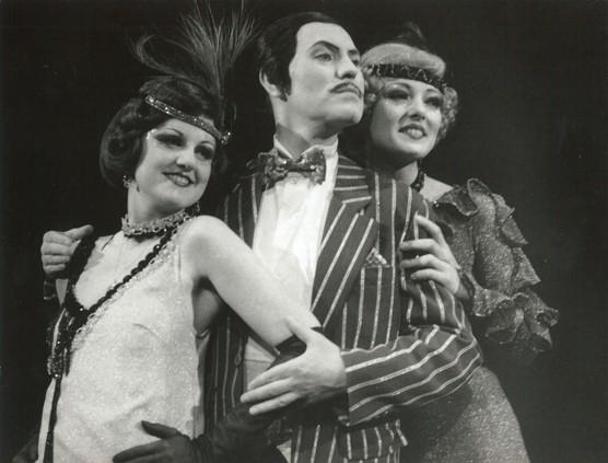 Slavnostní znovuotevření Divadla Jiřího Myrona v roce 1986 / foto archiv NDM