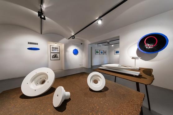 Bod jako agens umění: Reinhard Roy v Industrial Gallery / foto (c) Jiří Žižka