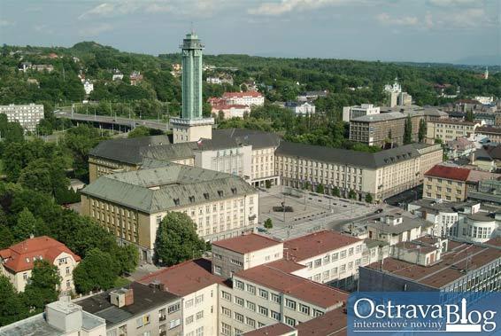 Pohledy na Ostravu z nejvyšší budovy ve městě