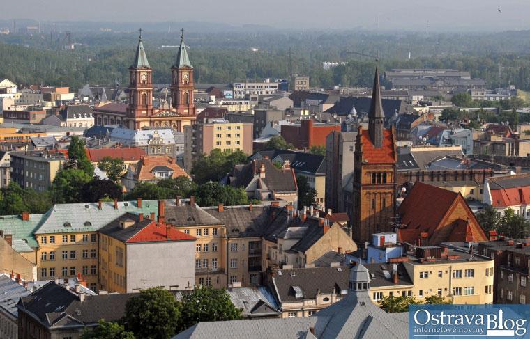 Fotografie k článku Moravská a Slezská Ostrava pohledem mrakodrapu