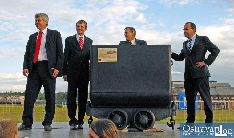 Fotografie k článku Výstavba Nové Karoliny odstartovala programem pro deset tisíc lidí