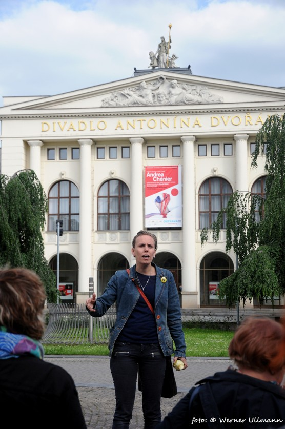 Otevření infostezky v okolí bývalého módního domu Ostravica-Textilia / foto (c) Werner Ullmann, 2015