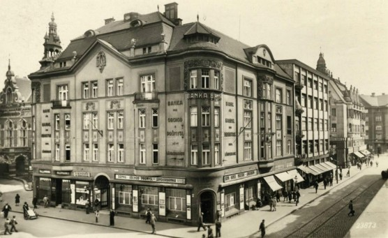 Ostravica-Textilia: Jak šel čas