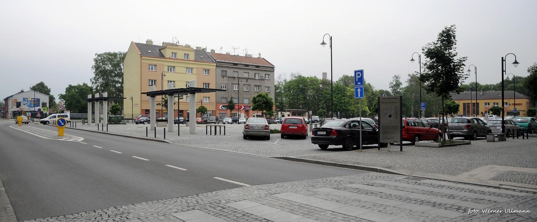 Fotografie k článku Náměstí Jiřího z Poděbrad ve Vítkovicích