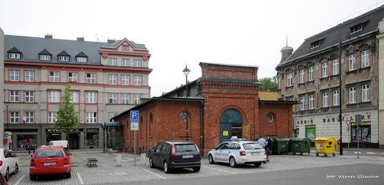 Procházka okolo Mírového náměstí ve Vítkovicích / foto (c) Werner Ullmann